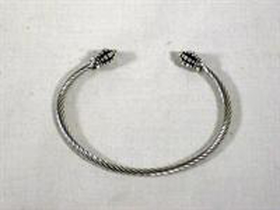 Davinci Beads Large Bangle Bracelet