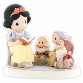 PRECIOUS MOMENTS DISNEY SNOW WHITE:  GATHERING FRIENDS TOGETHER IS A WONDERFUL STORY