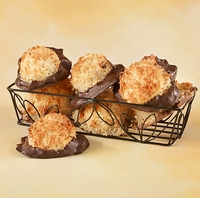 Macaroons Dipped <br>in Milk Chocolate