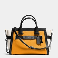 Swagger Tote with Chain