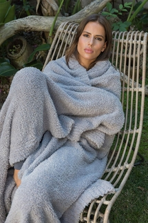 Barefoot Dreams CozyChic Dove Throw