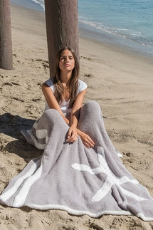 Barefoot Dreams CozyChic Starfish Dove Gray/White Blanket