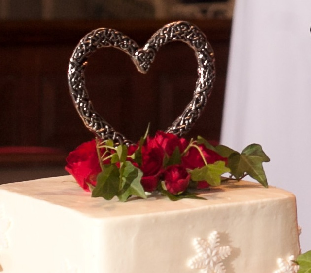 Celtic Heart Cake Topper / Pewter Celtic Wedding Cake Top