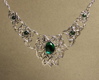 Celtic Knot Articulated Necklace