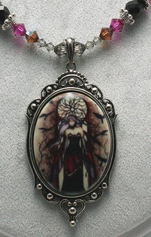 Dark Queen Necklace