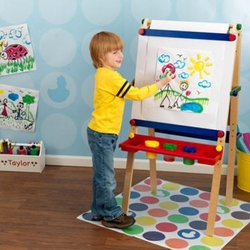 Artist Easel with Paper Roll