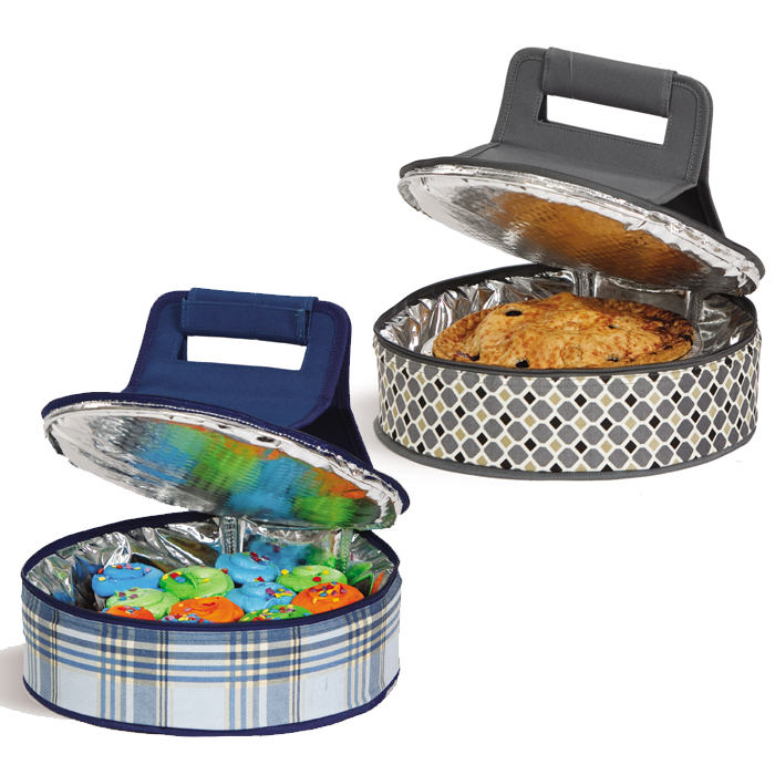 personalized pie carrier  monogrammed cake carrier by picnic plus