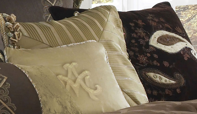 highgate manor luxury bedding set  michael amini bedding collection by aico