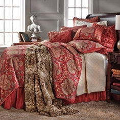 Lorenza Luxury Bedding Collection