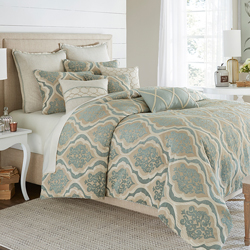 Avery Manor Luxury Bedding Set