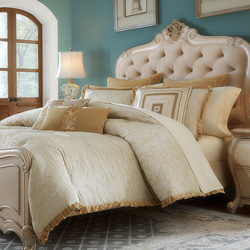 Carlton Luxury Bedding Set