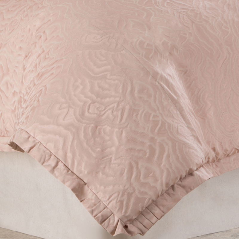 Michael Amini Fountaine Luxury Bedding, King and Queen size ...