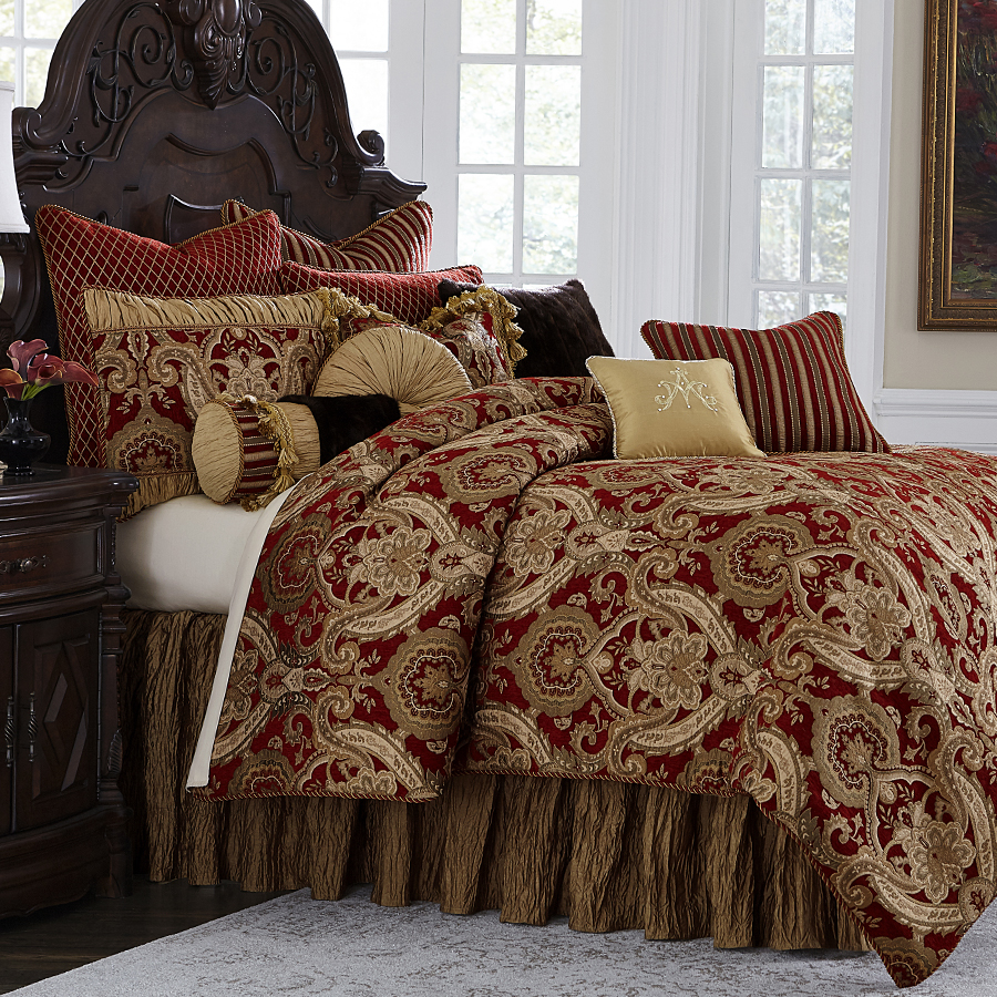 Bedding Decor: Michael Amini Lafayette Bedding, King & Queen Luxury