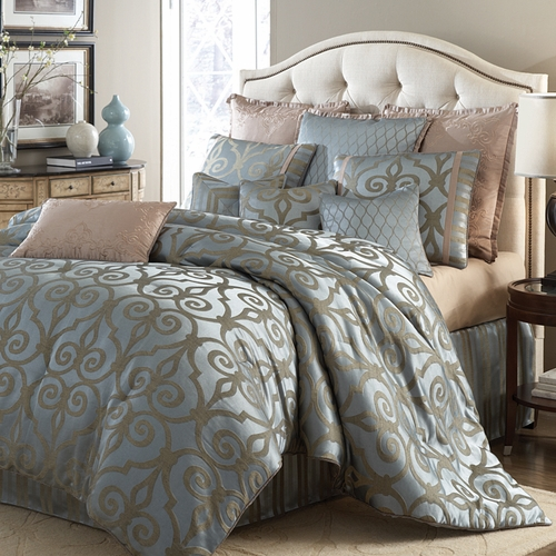 Plaza Suite Luxury Bedding Set A Michael Amini Bedding Collection By Aico Products On This
