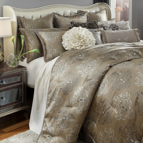 solitaire luxury bedding set  michael amini bedding collection by aico
