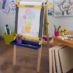 Personalized Art Easel with Paper Roll