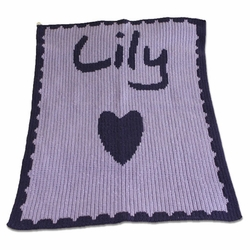Personalized Blanket with Single Heart and Scalloped Border