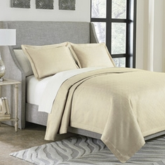 Potenza Bed Coverlet Set
