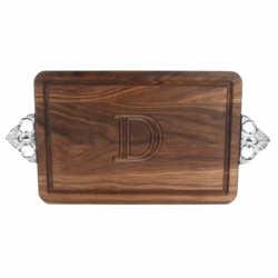Rectangle Monogrammed Cutting Board with Scalloped Handles In Walnut