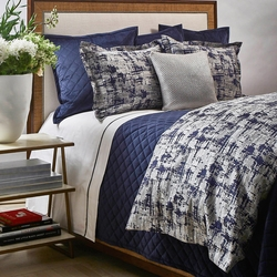 Scratch Duvet Set in Navy