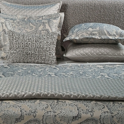Double Diamond Coverlet Set in Silver