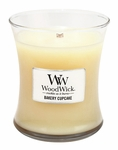 Bakery Cupcake WoodWick Candle 10 oz. | WoodWick Candles 10 oz. Medium Jars