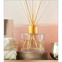 NEW! - Narrative Reed Diffusers Illume Candle