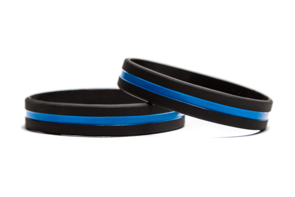 Support Police And Law Enforcement Blue Line Rubber Wristband Thin Black