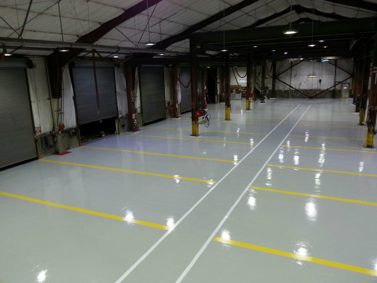 Large commercial epoxy floor coatings system garage for Epoxy flooring