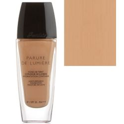 Guerlain Parure De Lumiere Light Diffusing Foundation SPF 25 04 Moyen
