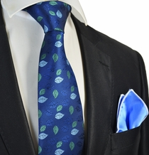 Blue Floral Tie Lite Blue Rolled Pocket Square Set