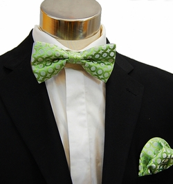 Green Bow Tie and Pocket Square Set (BH943)
