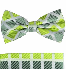 Green Plaid Bow Tie and Pocket Square Set by Paul Malone