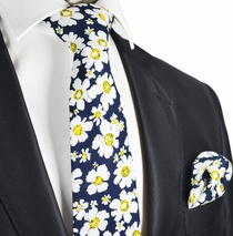 Paul Malone Cotton Daisy Tie Set on Navy Background