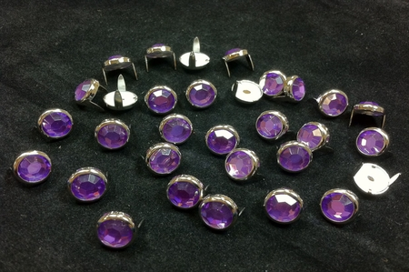T2202-2P Purple  5/16 inches (8.2 mm) Synthetic Crystal Gem Round Spots 10/pk