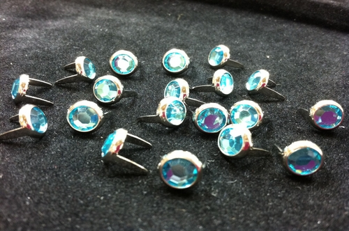 T2202-2P Aqua  5/16 inches(8.2mm) Synthetic Crystal Gem Round Spots 10/pk