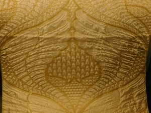 BEACON HILL WINGED VICTORY ANIMALE SILK FABRIC GOLD