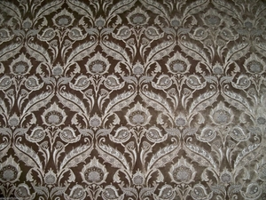 DESIGNER SILK LOOM ART NOVEAU GRANDEUR LUXURIOUS CUT VELVET FABRIC BROWN