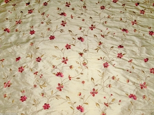 DESIGNER FLORAL VINES SOMMERSET EMBROIDERED SILK FABRIC 10 YARD BOLT BUTTERCREAM ROSE MULTI