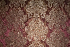 DESIGNER ITALIAN LOTUS MEDALLION SILK DAMASK�FABRIC 10 YARDS MAROON COCOA COPPER