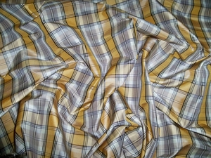 LEE JOFA KRAVET PLAID CHECK SILK TAFFETA FABRIC 9 YARDS REMNANT GOLD TAUPE BLACK