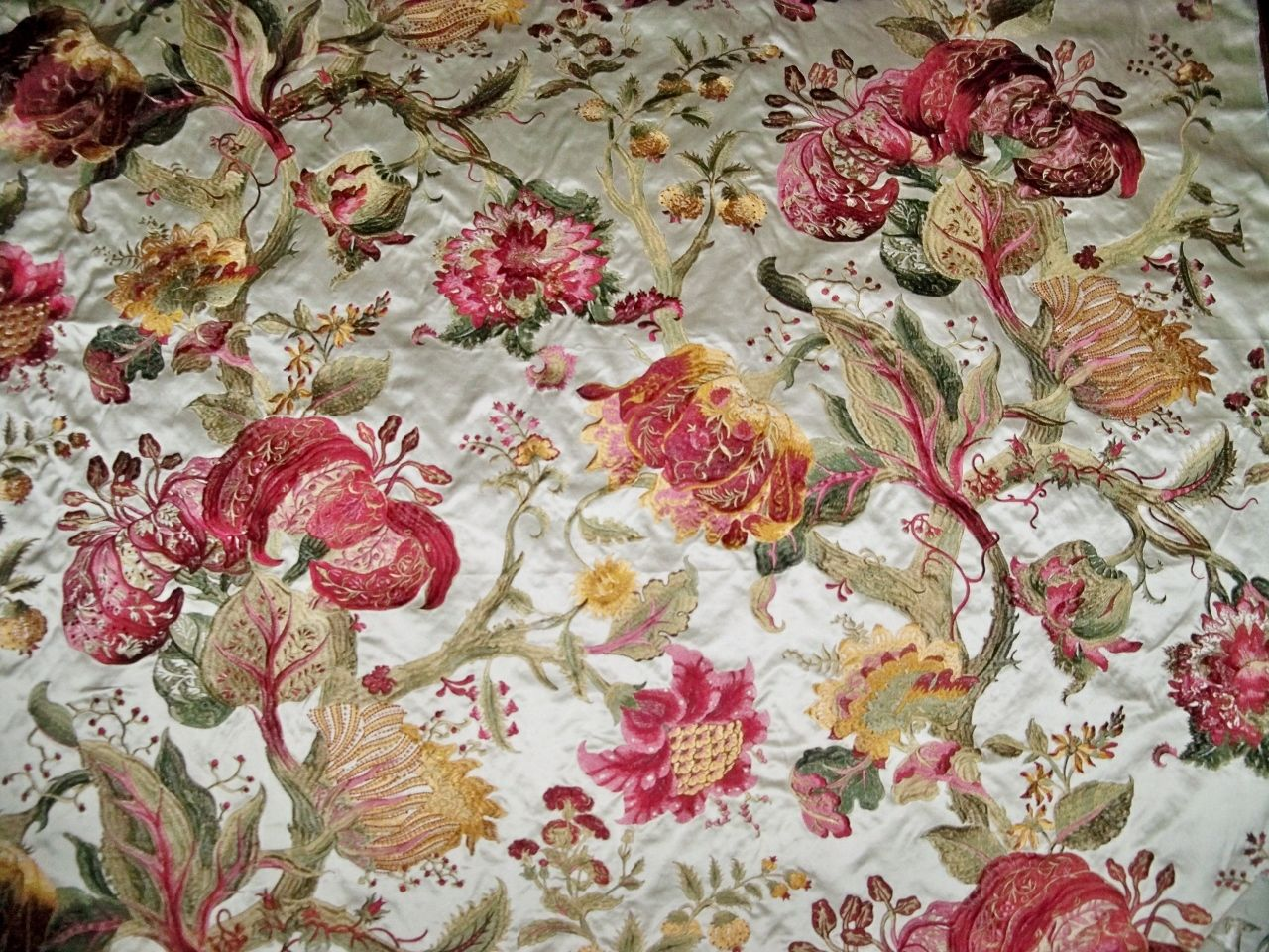 Pierre frey braquenie jacobean beaumesnil embroidered silk for Pierre frey fabric