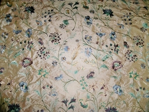 "LEE JOFA G. P. & J. BAKER ""GUINEVERE"" EMBROIDERED SILK FABRIC PURPLE"