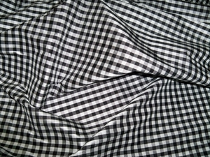 TAPESTRIA FRENCH COUNTRY GINGHAM CHECK SILK FABRIC BLACK WHITE