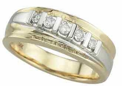 0.25 Carat Diamond 14K Yellow Gold MEN Rings 7.37g - Ring Size: 10 (Sizable)