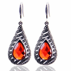 Beautiful Red Garnet Gemstone Pendant Water Droplet Style Earrings