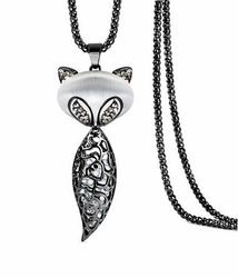 Elegant Fox Shaped Pendant Necklace Shining Crystal Pendant Necklace