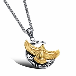 Man's moon and eagle pendant Hangtag of a great hawk spreads its wings Personal titanium steel necklace Orchid chain -