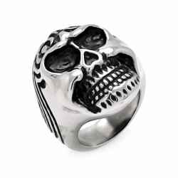 Mens Stainless Steel Jewelry Wave Skull Head Ring Width: 27.6Mm - Size: 7 (Sizable)