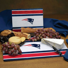New England Patriots Glass Cutting Board Set - BACKORDERED